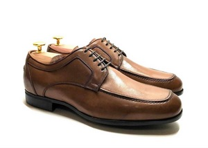 Comfort Laced with removable insoles in light Brown leather
