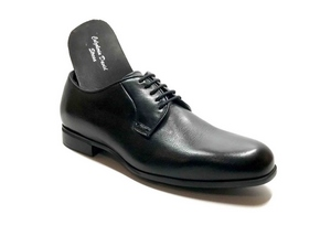 Comfort Laced with removable insoles in Black leather