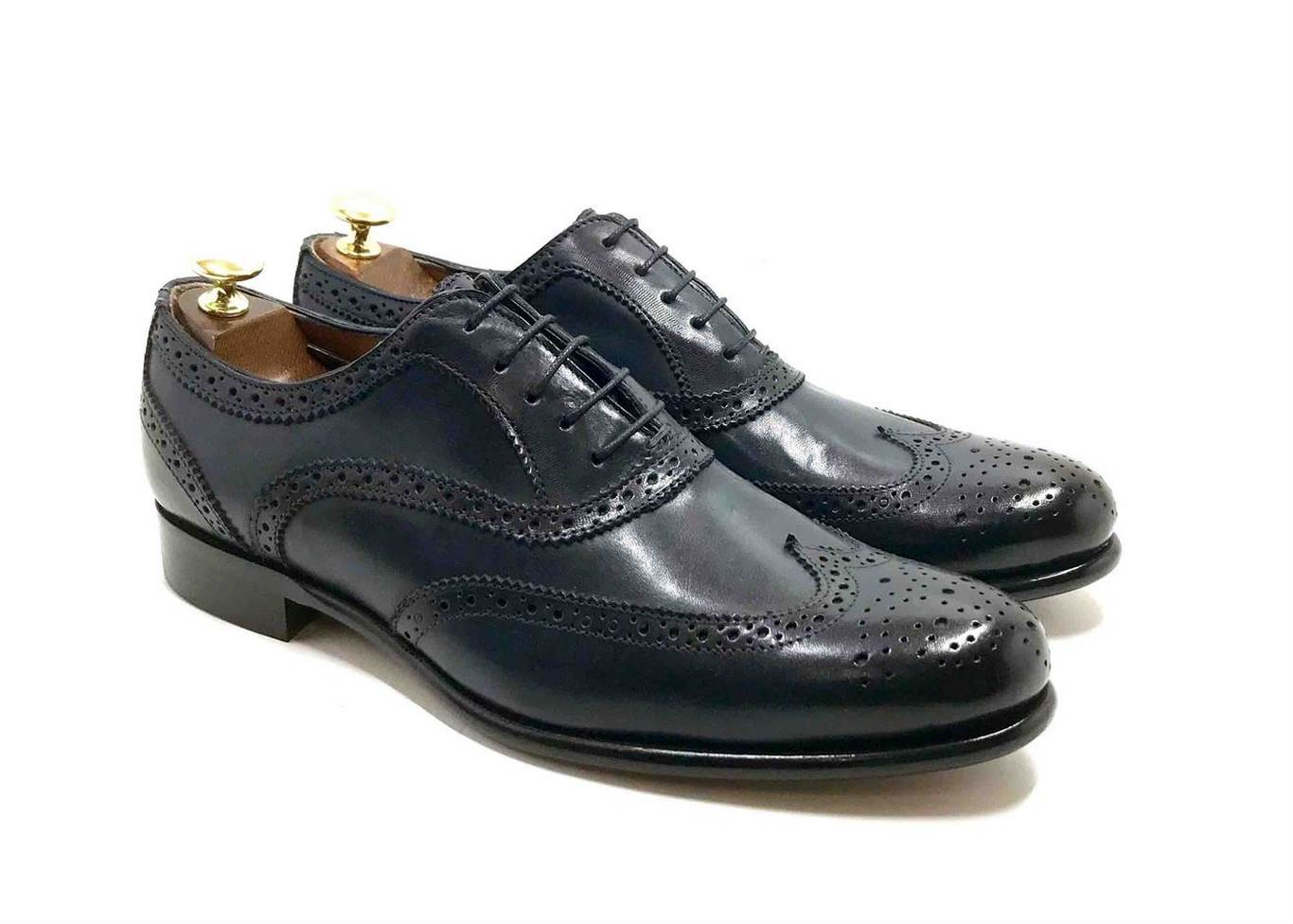 Laced Oxford